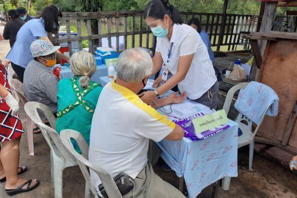 ฉีดวัคซีนไข้หวัดใหญ่ ชุมชน แสนสุข_๒๐๐๖๑๘_0009